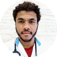 Dr. Emanuel Araújo de Oliveira