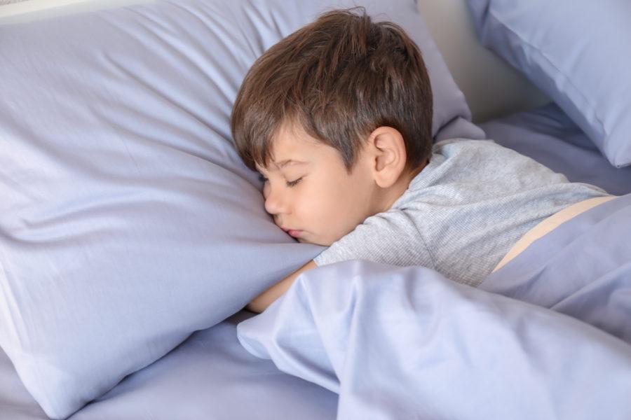 4 estratégias para fazer o seu filho dormir bem