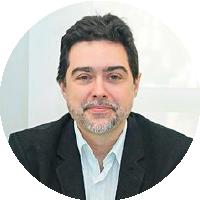 Dr. Francisco Machado