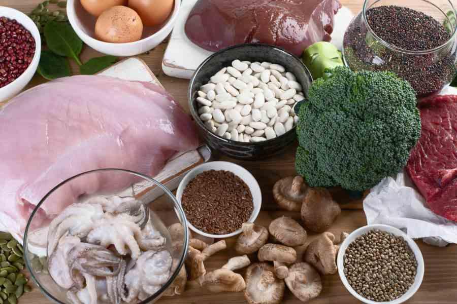 Alimentos que contem os micronutrientes: sais minerais e vitaminas.