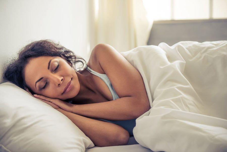 Rugas de travesseiro: o que são e como lidar com elas?