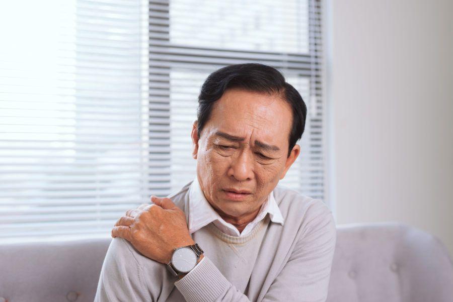 Dor no ombro: o que pode ser e como lidar com ela?