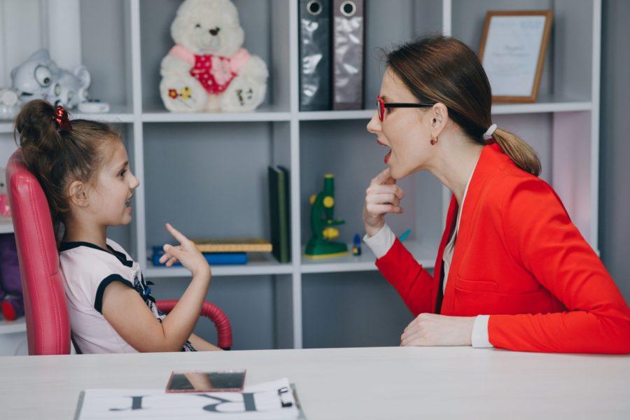 Autismo: tratamento envolve uma equipe de especialistas