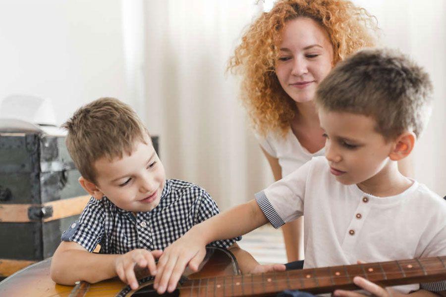 Pais e cuidadores: 6 atividades para a criança com autismo