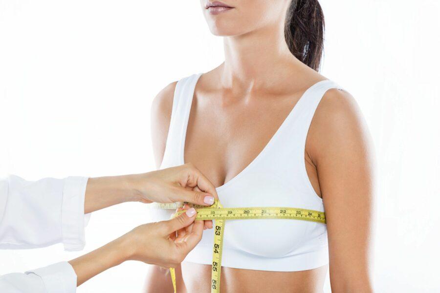 Mamoplastia redutora: a cirurgia plástica que diminui o tamanho das mamas