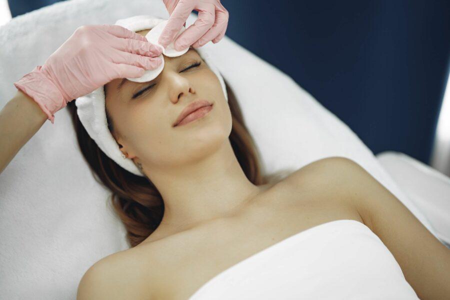 Peeling de fenol: rejuvenesça 10 anos da sua pele