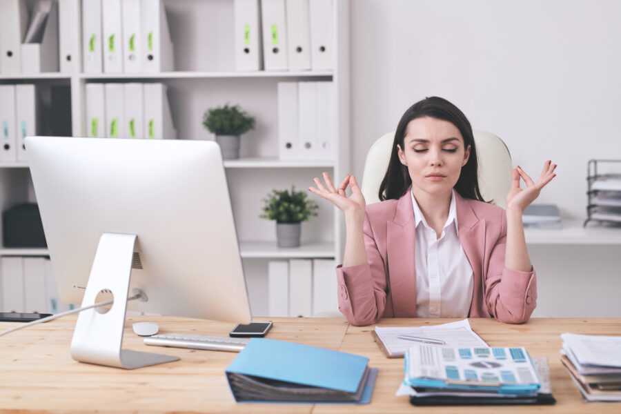 Saúde mental no trabalho: como garanti-la aos funcionários?