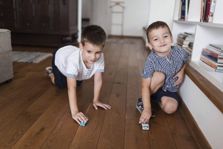 Como lidar com o autismo: dicas para os irmãos